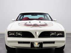 Pontiac Firebird Trans-am - the song from Top Gun popped up when I sae this car #rideintothedangerzone