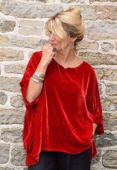 Santanyi Top, red silk velvet, Other colours available. 50 Fashion, Plus Size Fashion, Womens Fashion, Color Combinations For Clothes, White Dress Winter, Velvet Tops, Couture, Clothes For Women, Tunic Tops