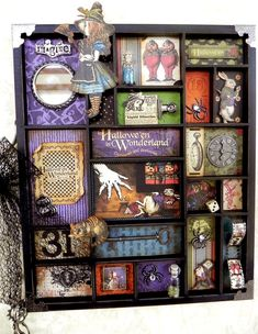 I feel new to this curio thing, but it would be kinda fun to have one for one of my favorite fandoms (HP, DW, WoW and LotR, naturally) to hang on the wall somewhere.