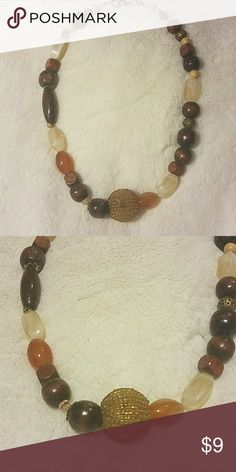 Neutral browns and creams beaded necklace Neutral color necklace Unknown Jewelry Necklaces