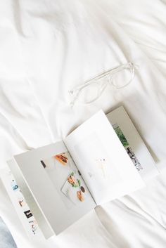 Photo Books for your everyday right, @roamandgolightly? Get started on yours at @artifactuprsng today.
