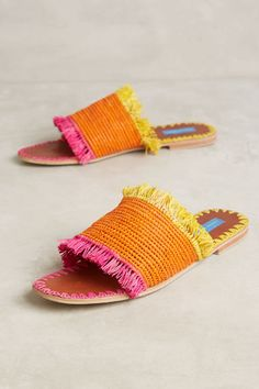 Vintage Shoes Proud Mary Raffia Fringe Slide Sandals Slide Sandals, Shoes Sandals, Heels, Fringe Sandals, Mocassins, Crochet Shoes, Vintage Shoes, New Shoes, Flat Shoes