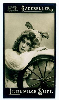"German Tradecard c1900    Radebeuler (Bergmann & Co, Dresden) ""Lilies Milk Soap"" tradecard c1900  Actress, Mabel Love"