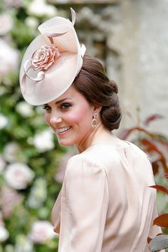 The Best Hats at Pippa Middleton's Wedding - Pippa Middleton Wedding Hats Kate Middleton Hats, Pippa Middleton Wedding, Princesse Kate Middleton, Estilo Kate Middleton, Kate Middleton Prince William, Kate Middleton Style, Prince Charles And Diana, William Kate, Princesa Kate