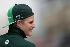 Marcus Ericsson Caterham F1 Team Marcus Ericsson, F1 Drivers, Car And Driver, Formula One, Baseball Hats, F1 Season, Motorcycles, Cars, Baseball Caps