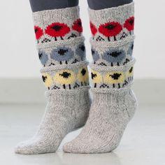 saueflokk 2 Knitting Socks, Hand Knitting, Knitting Patterns, Mitten Gloves, Mittens, Chrochet, Knit Crochet, Knitted Cat, Thick Socks