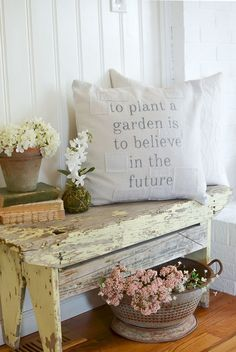 Decorating on a Budget and Farmhouse Decor: Why Accessories Really Matter in Your Home