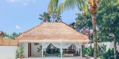 Hoteles Low Cost del mundo Ubud, Bali, Fauna Marina, Gazebo, Outdoor Structures, Travel, Domestic Destinations, Beach Club, Spain Tourism