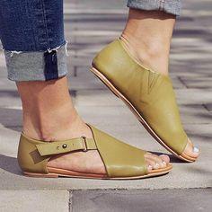 newest 5b343 01d7d Casual Open Toe Closed Back Flat Sandals