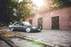 Gottlieb Daimler, Mercedes W123, Slammed Cars, E30, Timeline Photos, Automobile, Vehicles, Motors, German