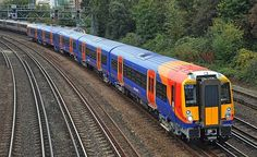 Reformed class 458 Juniper emu on South West Trains. These trains were formed by combining the original class 458 sets with the class 460 Gatwick Express units to create longer 5 car trains. South West Trains, Electric Train Sets, British Rail, Speed Training, Emu, Models, Train Station, Model Trains, Diesel