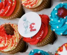 See how an edible ink printer can increase your orders and profit. Find out the different types of edible icing sugar photo paper for cupcake and cake businesses Edible Ink Printer, Printer Paper, Cupcake Logo, Personalised Cupcakes, Cake Business, Icing, Desserts, Food, Print Paper