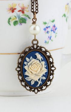Necklace Purple and Ivory Flower Cameo