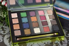 A Bumblebee´s Journey: (Review) Urban Decay Vice3