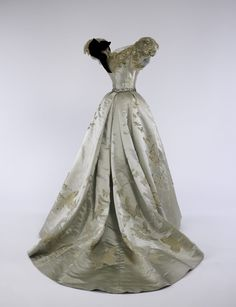 Ball gown (1898) by Jean-Philippe Worth (French, 1856-1926) for House of Worth (French, 1858-1956). From the Brooklyn Museum Collection at The Metropolitan Museum of Art, Gift of the Brooklyn Museum, 2009; Gift of Mrs. Paul Pennoyer, 1965. Credit: The Metropolitan Museum of Modern Art, Photo by Anne-Marie Kellen