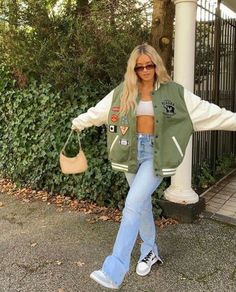 Adrette Outfits, Indie Outfits, Teen Fashion Outfits, Retro Outfits, Cute Casual Outfits, Stylish Outfits, Skater Girl Outfits, Trendy Summer Outfits, Tomboy Outfits