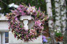 Kranz aus Hortensien und Heidekraut