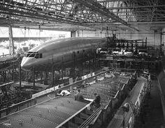 https://flic.kr/p/aLcqPz | Bristol 167 Brabazon under construction
