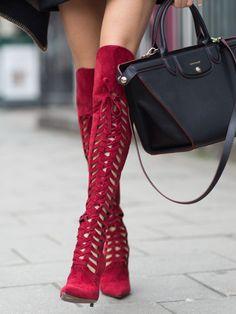 Les cuissardes rouges de chez Versace