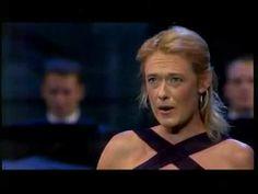 Magdalena Kožená - Parto ma tu ben mio - La Clemenza di Tito (Mozart) - YouTube. I like mezzo-sopranos.