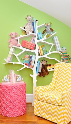 Tree bookshelf - such a cute idea for a child's room or playroom.