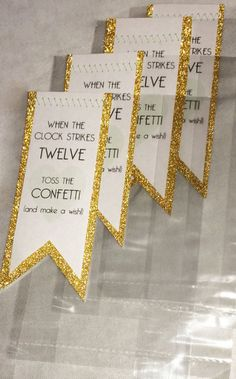 DIY New Years Wedding and Party Ideas in Gold and Glitter: Confetti Favor Printable - When the clock strikes 12 toss the confetti and make a wish.