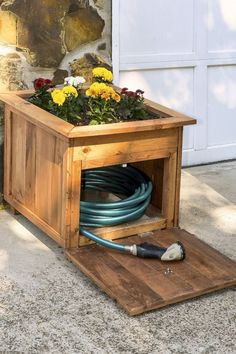 Organization Ideas cheap 14 Easy and Cheap Landscaping Ideas That Look Anything But BestHomeDecors.ml 14 Easy and Cheap Landscaping Ideas That Look Anything But, Cheap Landscaping Ideas, Front Yard Landscaping, Backyard Patio, Mulch Landscaping, Backyard Ideas, Diy Patio, Patio Ideas, Diy Garden, Shade Garden