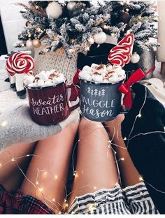 christmas aesthetic Tag your bestie via getnicefashion By glitzy_girl - Celebrity Style Culture Couture Advertising Culture Editorial Magazines Supermodels Runway Models Christmas Mood, Merry Little Christmas, Noel Christmas, Christmas Photos, All Things Christmas, Christmas Tumblr, Winter Things, Kirklands Christmas, Christmas Onsies