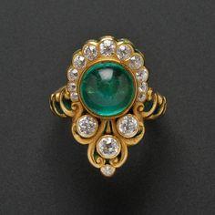 Arte Nouveau anillo de oro 18 quilates, esmeralda, esmalte, y anillo de diamante, Marcus