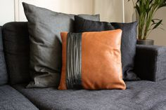 By VankDesign. This gorgeous decorative leather pillow cover is made to put that extra touch to your interior design. Brown Throw Pillows, Leather Throw Pillows, Leather Pillow, Diy Pillows, Cushions On Sofa, Leather Cushions, Sewing Pillows, Designer Pillow, Pillow Design