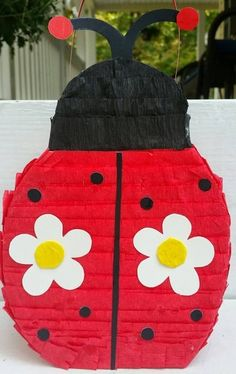 Decoración - Piñata Mariquita - hecho a mano por AjiEventos en DaWanda