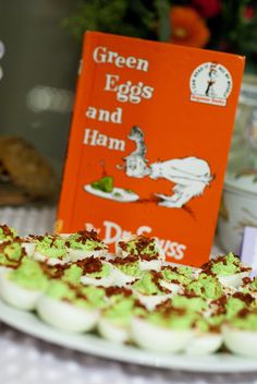 Dr Seuss Baby Shower Ideas: Green Eggs and Ham Theme Baby Shower Food Menu, Baby Shower Brunch, Baby Shower Favors, Baby Shower Cakes, Baby Shower Parties, Baby Shower Themes, Shower Ideas, Shower Gifts, Storybook Party