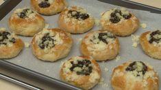 Kynuté staročeské koláčky Scones, Sweet Recipes, Muffin, Cooking, Breakfast, Youtube, Kitchen, Morning Coffee, Muffins