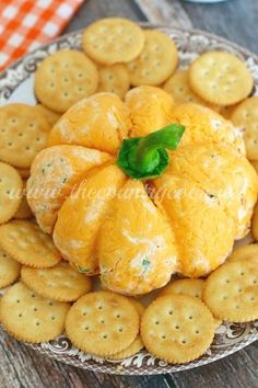 Pumpkin-Shaped Cheese Ball - The Country Cook http://www.thecountrycook.net/2015/11/pumpkin-shaped-cheese-ball.html