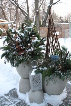 Outdoor Planters with lantern and obelisk. Designed by Sharlene NielsenDoor Outdoor Planters with lantern and obelisk. Designed by Sharlene Nielsen Homebrew Recipes, Outdoor Planters, Home Brewing, Ladder Decor, Lanterns, Christmas Wreaths, Doors, Holiday Decor, Plants