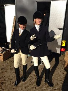Made In Chelsea Equestrian Chic, Equestrian Girls, Equestrian Outfits, Riding Breeches, Riding Pants, Louise Thompson, Made In Chelsea, Horse Girl, Rain Wear