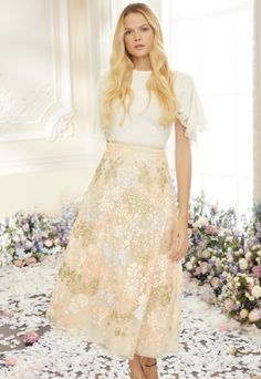Named 'An Artist's Garden', the Spring Summer '21 collection takes inspiration from Claude Monet's impressionist paintings and his magical French gardens, which he was quoted to say was his greatest work of art.