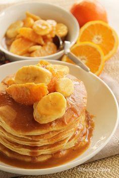 Pancakes cu fructe si caramel - Pasiune pentru bucatarie- Retete culinare Pancakes, Food And Drink, Breakfast, Cancer, Morning Coffee, Pancake, Crepes
