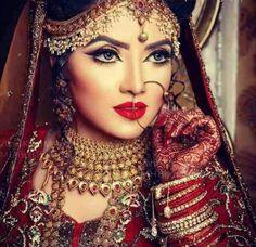 Best Bridal Makeup, Bride Makeup, Skin Structure, Best Salon, Actress Wallpaper, Skin Care Treatments, Wedding Pics, Wedding Events, Party Makeup