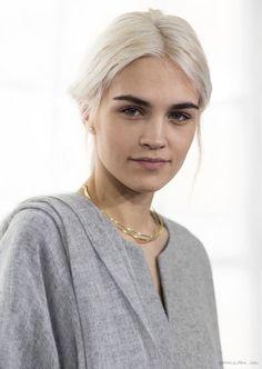 Steven Alan F/W 2014, grey scarf, grey felted top, gold hoop necklace / Garance Doré: