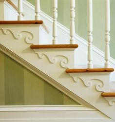 Decorative details on staircase (could be done with wooden apliques and some paint) Stairs Trim, Stair Brackets, Stair Decor, Wooden Stairs, Entry Hall, Inspired Homes, Architecture Details, Victorian Architecture, Stairways