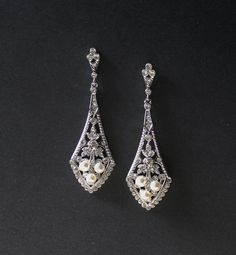 Crystal and Pearl Bridal Chandelier Earrings Vintage by JamJewels1