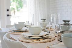 Love It Or List It Vancouver: Stephanie & Nick - Dining Room Table