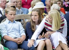 Prince Sverre Magnus, who is the younger child of Crown Prince Haakon and Crown Princess Mette-Marit, looked decidedly bored at the unveiling of a statue of his grandmother today