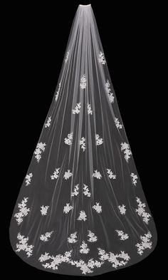Romantic Cathedral Wedding Veil with Beaded Lace Appliques - Affordable Elegance Bridal -