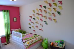 How To: Flock of Birds @Brenna Cowan How cute would this be in Miss Sophie's room?