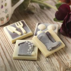Are you interested in our chocolate gifts? With our chocolate for gardeners you need look no further.