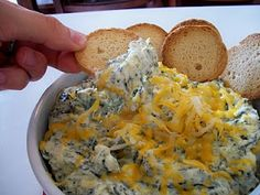 Copycat recipe for Boston Pizza's hot spinach artichoke dip!