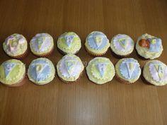 Baby Shower Cupcakes Vanilla cake and vanilla buttercream and chocolate cake and white chocolate buttercream
