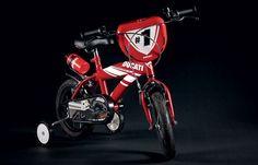 Ducati: Hypermotard 12